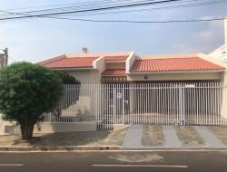 Casa para locação 150m² com 3 quartos em Dracena-SP
