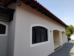 Casa para locação 90m² com 3 quartos em Dracena-SP