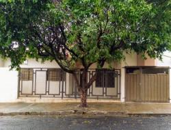 Casa para venda 100m² com 3 quartos em Dracena-SP