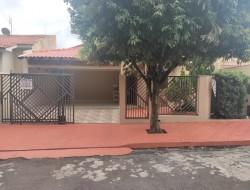 Casa para venda 180m² com 3 quartos em Dracena-SP